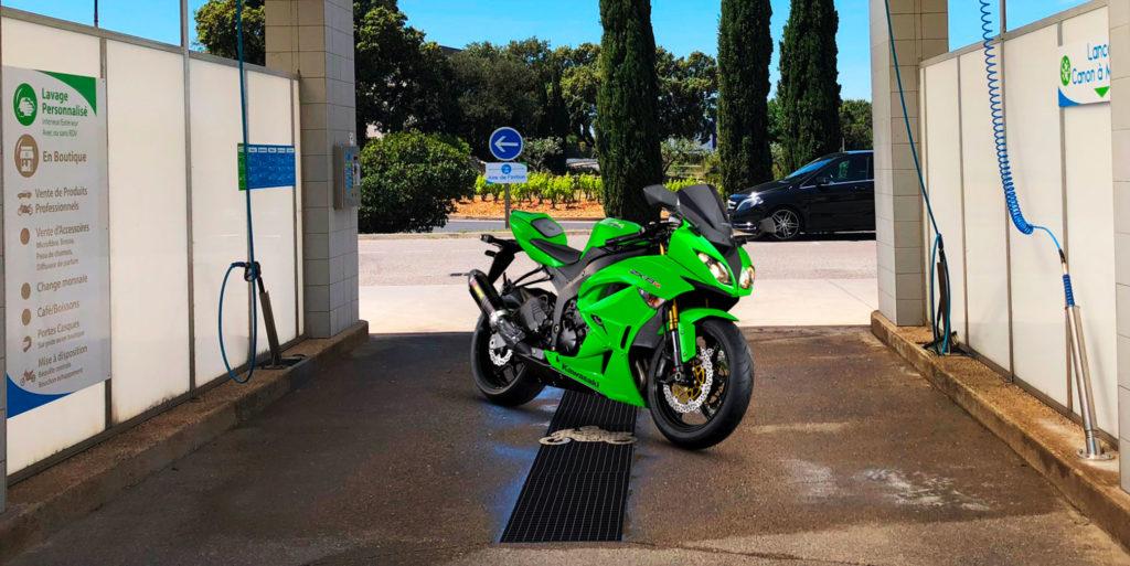 Aménagement des pistes pour les Motos et les  Scooters